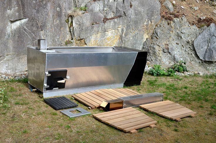 Chillen in een Japans buitenbad - wonen voor mannen - bad, buitenbad, tuin, japans, chillen, water