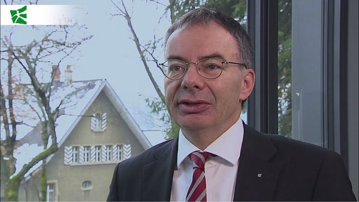 "Was macht eine Universität im 21. Jahrhundert aus? Welche Grossprojekte treiben die #HSG um? Und was beinhaltet eine optimale #Management Ausbildung? Ein Video-Interview mit Prof. Dr. Thomas Bieger, Rektor der #UniversitätStGallen // ""The #campus extension is fundamental to the HSG."" An interview with HSG-President Thomas Bieger. #unisg"