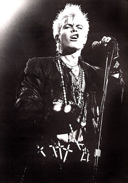 My wake up call! Billy Idol - Mony Mony live - http://www.youtube.com/watch?v=tYEdE8HMw-Q