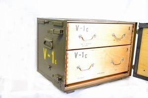 Legerkist hout V1 met 2 lades en rood kruis origineel item !