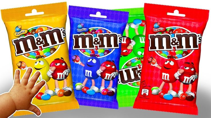 Learn Colors with Giant Candy M&M's Hammer Games Finger Family Song Nurs...