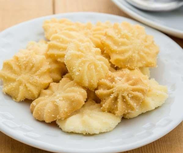 O biscoito amanteigado de laranja é um delicioso jeito de aproveitar o seu café da manhã, e com o go... - shutterstock