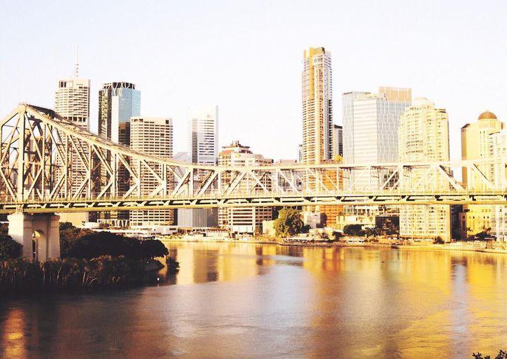 @courtneygaye_travels #courtneygaye_travels #canonshots #Brisbane #BrisbaneStoryBridge #photography #Brisbane #brisbancity #sunriseshots #brisbanesunrise