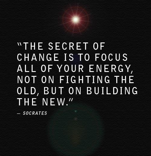 Leer van het verleden, maar blijf er niet in hangen. Wat ga je vandaag nog doen om aan een toekomst te bouwen die je bevalt? #ennuaandeslag