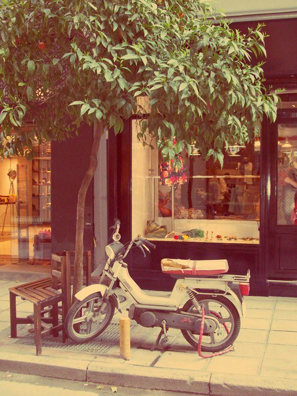 Thessaloniki by Chrisa Fragoudi, via Behance