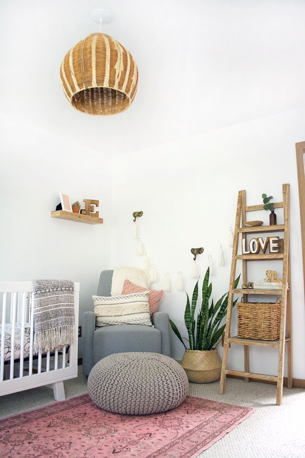 A Boho Chic Girl's Nursery Reveal full of vintage, modern, boho goodness