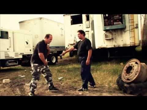 Krav Maga Unyted (Car Jacking defense) - YouTube