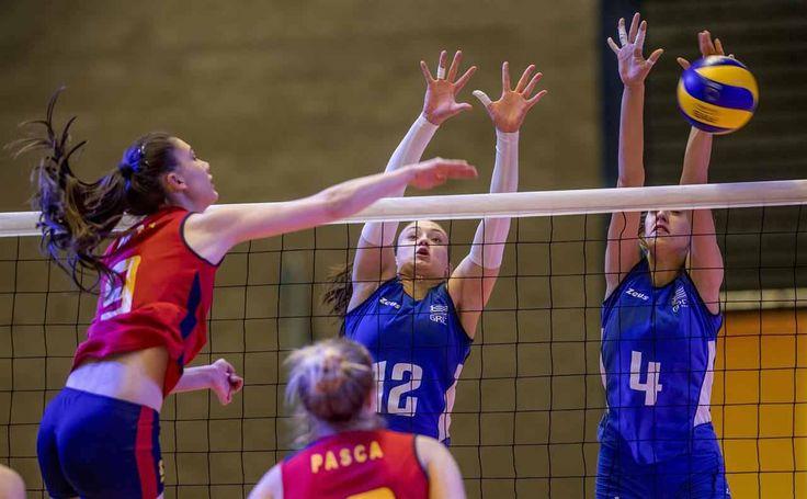 FOTO Volei feminin: România s-a impus în fața Greciei și a obținut alte 3 puncte la Campionatul European de volei