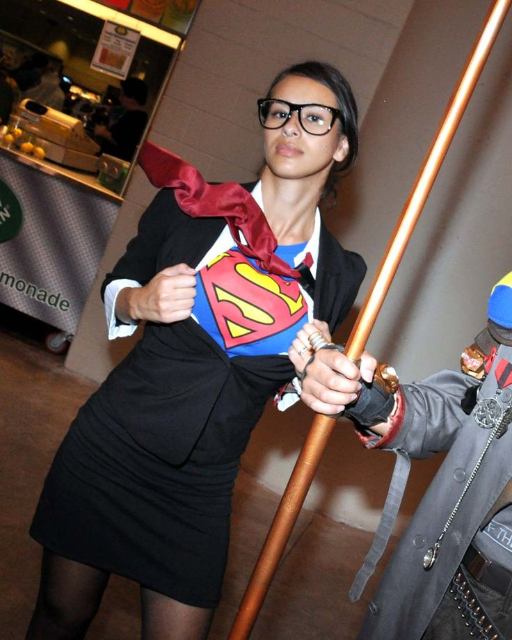 <p>Women dressed as characters that were originally played by men. These cosplayers are doing it right!</p>