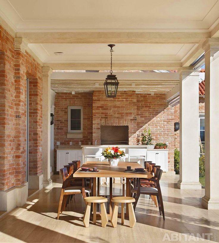 Кухня-столовая на террасе