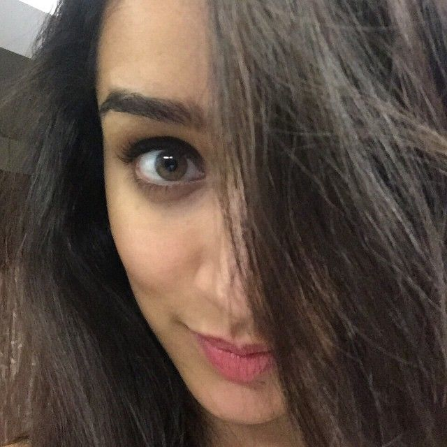 Shraddha Kapoor – daughter of Shakti Kapoor, has gain positive attention of her fans after incredible hit films like Aashiqui 2 and Ek Villan. She has given her best shots in her first takes which makes her perfectionist among the bollywood celebs. Despite being so young at age, she has taken over the minds of many directors in …