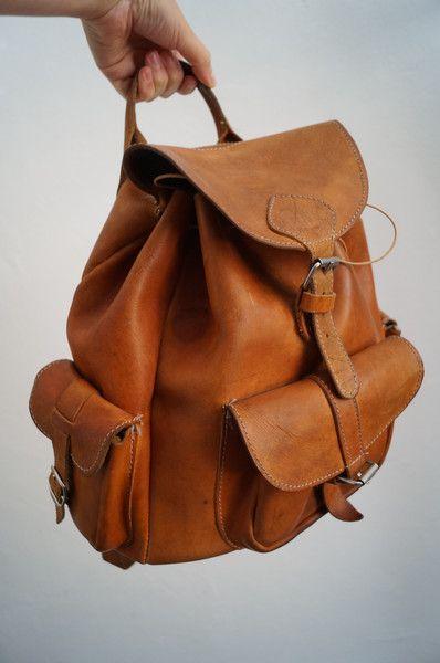 Vintage Rucksäcke - Vintage Leder Rucksack - ein Designerstück von Fr_T bei DaWanda