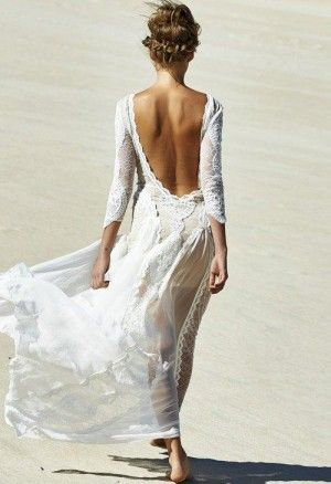 przewiewna biała sukienka