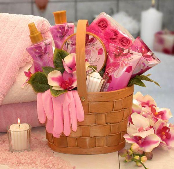 Best 25+ Picnic gift basket ideas on Pinterest | Ideas san ...