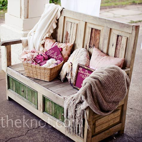 Rustic: Outdoor Seats, Decor Ideas, Country Benches, Wedding Lounge, Reception Ideas, Outdoor Decor, Receptions Ideas, Front Porches, Outdoor Weddings