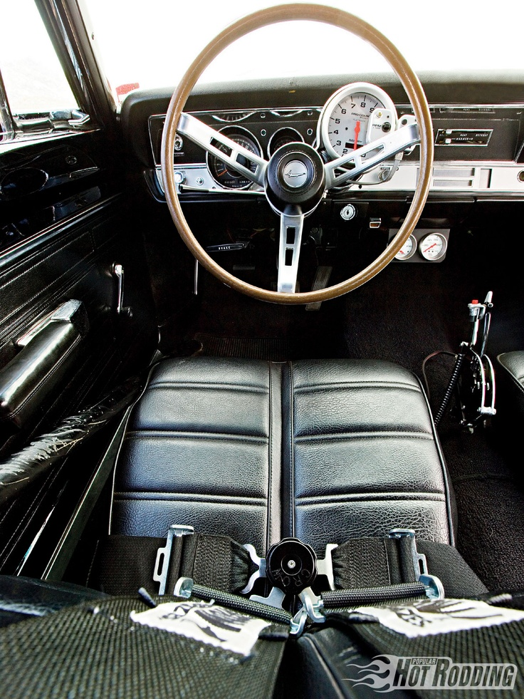 PLYMOUTH BARRACUDA 1969 DRIVER SEAT