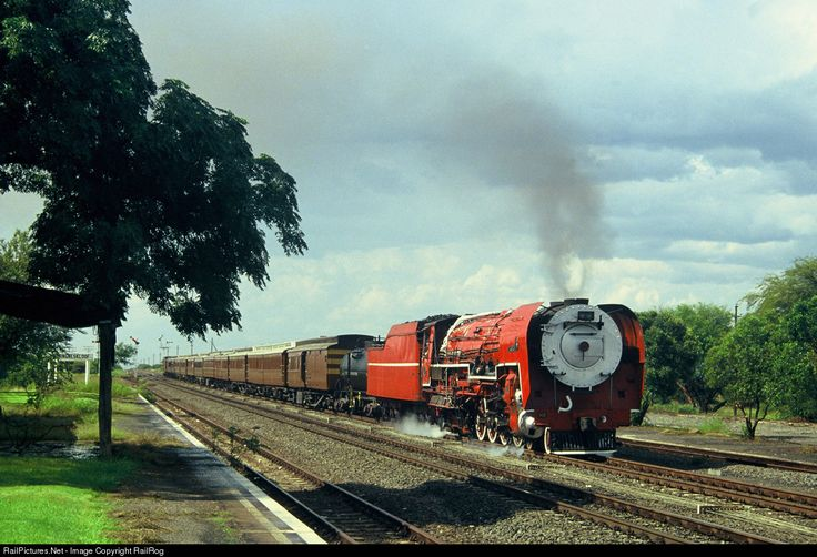 RailPictures.Net Photo: Class 26 No. 3450 Transnet Freight Rail Steam 4-8-4 at Northern Cape, South Africa by RailRog