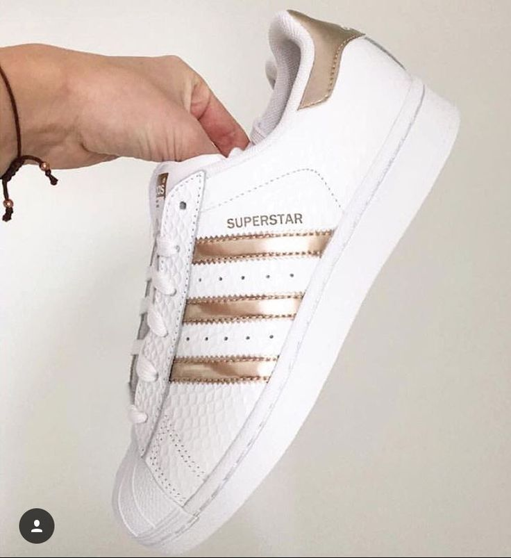 ADIDAS SUPERSTARS WITH THESE ROSEGOLD/ GOLDEN STRIPES!   Adidas ...