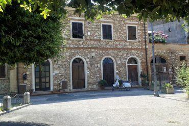 Zaleta włoskich miast. Bibbona w Toskanii