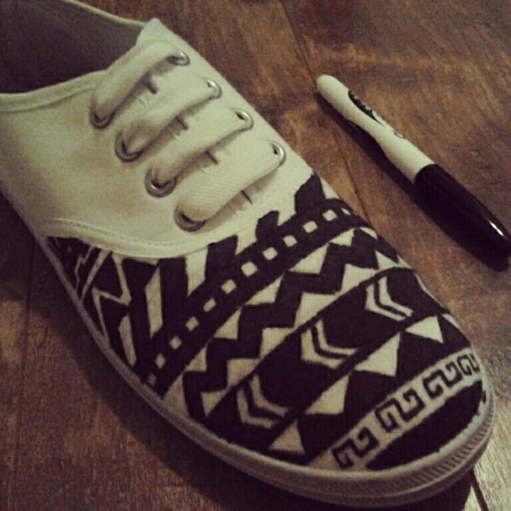 DIY shoes!! Create by me. Azteque and tribal motif, black  white