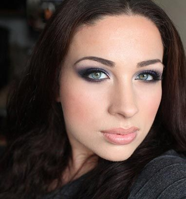 вечерний макияж глаз фиолетовых оттенков для брюнеток