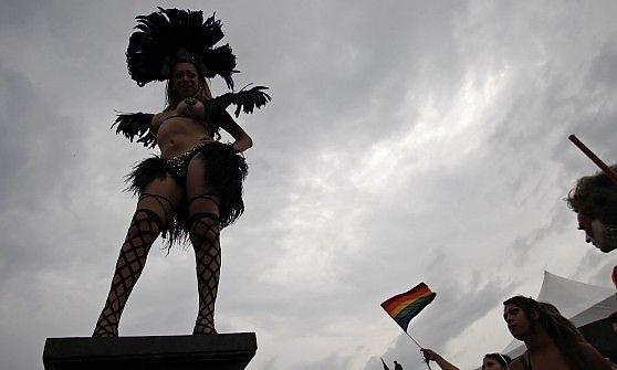 Il Gay pride di Torino apre spunti di riflessione anche per chi si occupa di discipline olistiche, che aiutano ad intraprendere un cammino di consapevolezza e