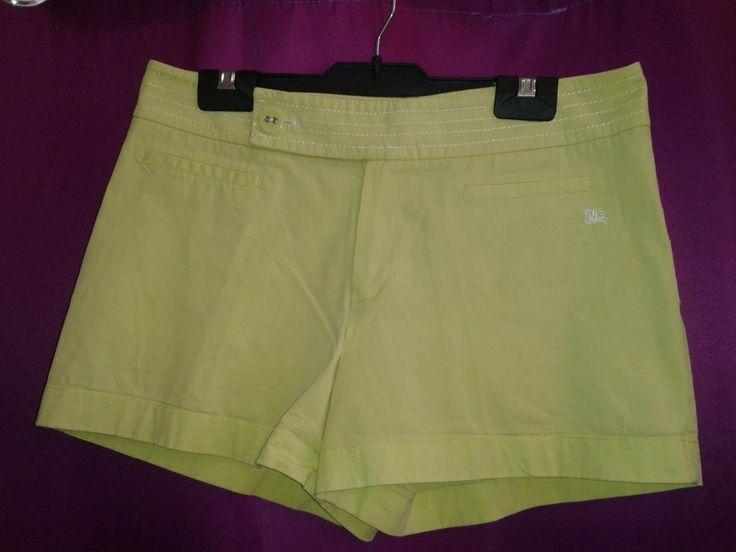 Burberry  Pantalón corto color pistacho  Falsos bolsillos delanteros  97 % algodón, 3 % elastano  Talla 42  18 €  ¡¡Como nuevo!!