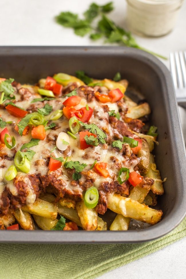 Vegetarian Chilli Cheese Fries Such An Irresistible Dinner Crispy Chips Topped With An Easy Homemade Vegan Chi Chilli Cheese Fries Cheese Fries Vegan Chilli