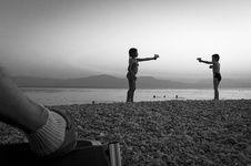 Tehran Khalili  / Standstill: Six Years in Greece