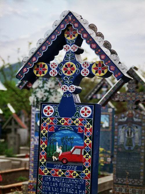 Cimetière (Săpânţa / Roumanie), tombes peintes
