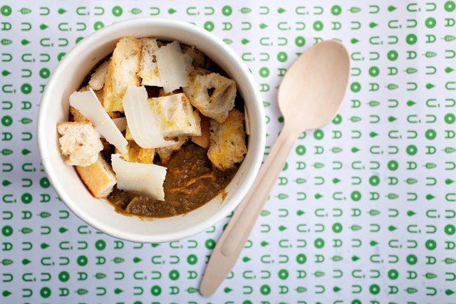 Ogni giorno una zuppa diversa utilizzando ingredienti freschi e di stagione. #solocosebuone #NanùRoma  http://www.nanubagelbar.it/