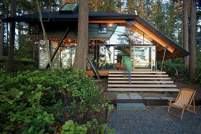 It's the perfect cabin!  Glass Cabin, LaConner, Washington   cabin rentals