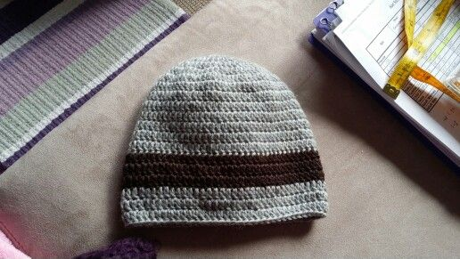 Crochet simple beanie for 6mths old baby