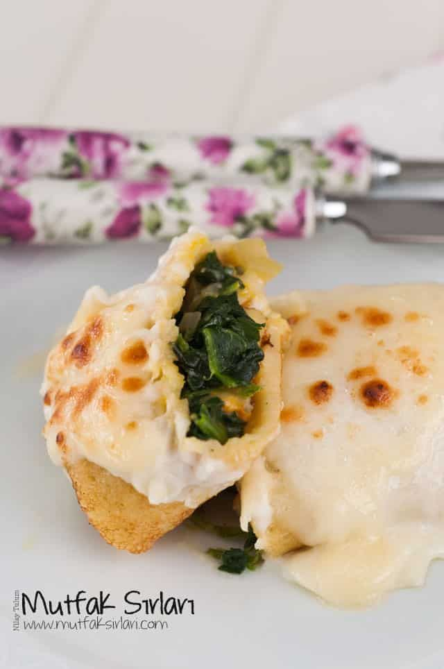 Beşamel Soslu Ispanaklı Krep | Mutfak Sırları