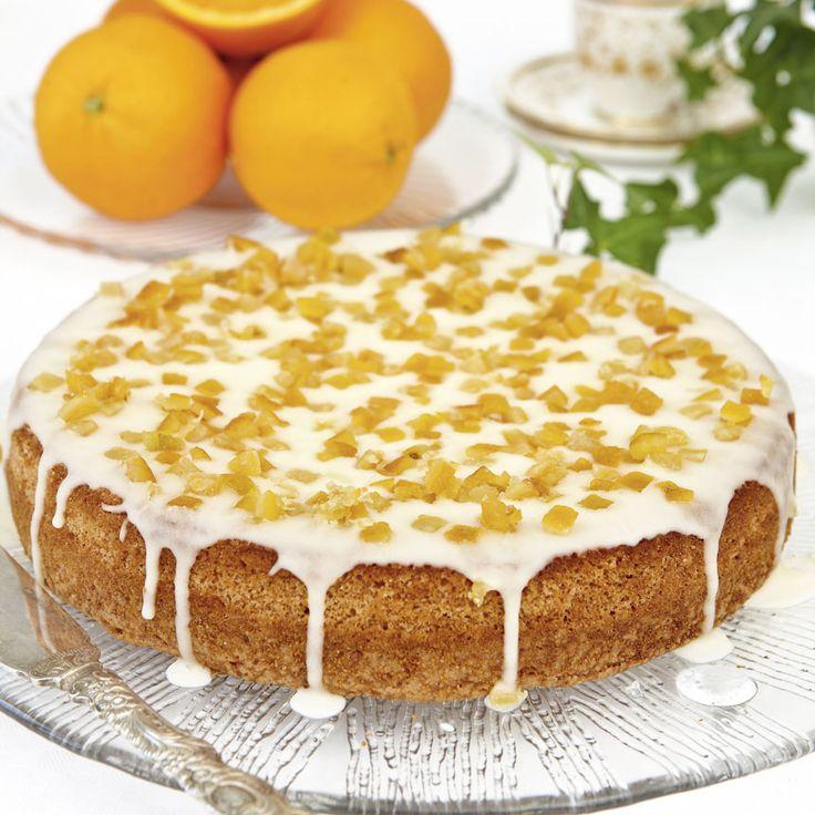 En klassisk kaka med apelsinglasyr och syltade apelsiskal.