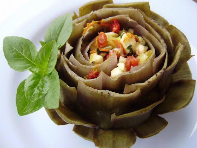 Receita Alcachofras recheadas com queijo branco, tomate seco e manjericão