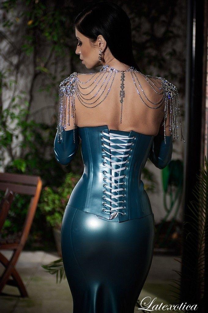 mogna kvinnor bilder latex leggings