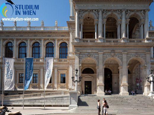 В Венском Университете обучаются студенты с различных стран, в том числе: украинцы, русские, белорусы, казахстанцы.