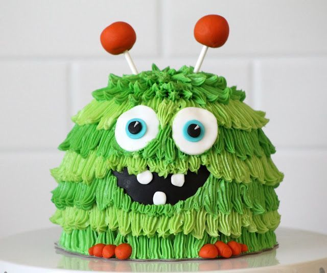 Green Monster Smash Cake. Love this cake. Ideal for a monster themed birthday party or baby shower!