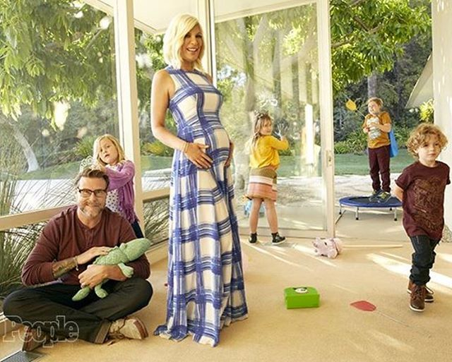 Tori Spelling and husband Dean McDermott sued for $200000 over unpaid bank loan Tori Spelling and husband Dean McDermott have a lot to celebrate this holiday season considering they just found out they're expecting a baby boy but they also have a lot to worry about. #TrueTori #ToriSpelling #AaronSpelling #DeanMcDermott @TrueTori