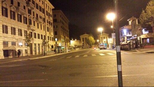 Piazzale Flaminio 6:30 della mattina #tommasococo