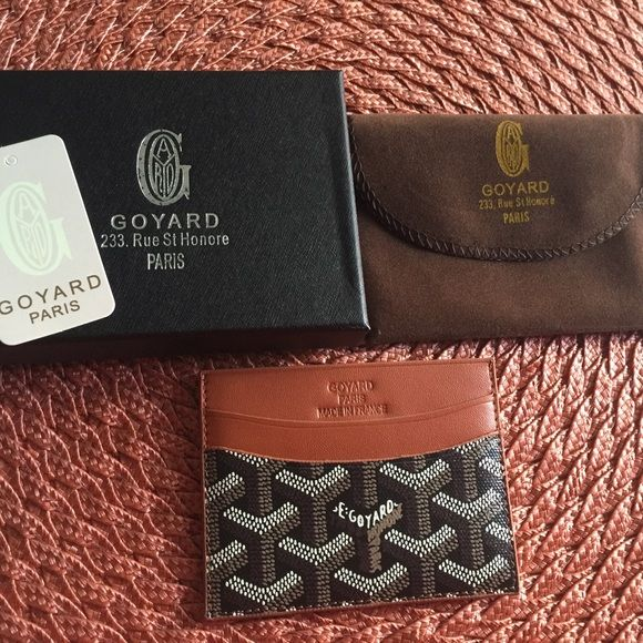 Goyard card holder Black and brown Goyard card holder, comes with box and dust cloth, hand painted just like original, price reflects auth Goyard Accessories Key & Card Holders