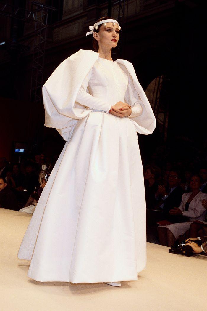 Meghan, Kim and Audrey Hepburn All Agree: Givenchy Wedding Dresses ...