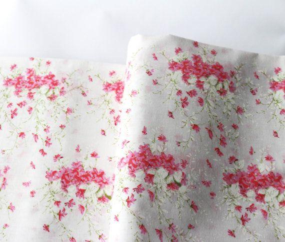 Vintage Floral Sheet Set / NOS Vintage Bedding Set / Shabby Chick Unused Full Bed Linen Set / Shabby Pink Flowers On White Background