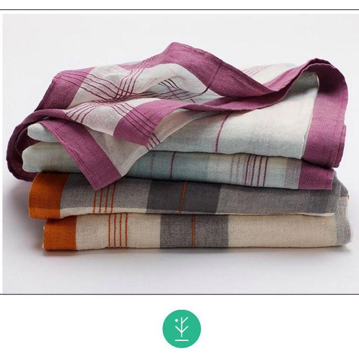 """MUSELINA DE ALGODÓN ORGÁNICO De tejido fino transparente y vaporoso, la podés usar para envolver a tu bebé o como pañuelo de cuello. Disponibles en Orchídea y Mandarina. Este producto está certificado por cumplir con el Global Organic Textile Standard [ GOTS ] , el más sólido estándar orgánico textil en el mundo  Para obtener la etiqueta GOTS """"orgánico """"  un producto :  Debe contener fibra orgánica al menos 95 %. No debe ser tratada con cloro o cualquier otra sustancia tóxica . Debe ser…"""