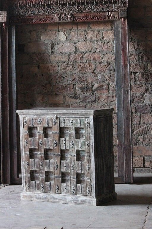 Kalisi Unique 'Fortress Door' 2 Door Sideboard