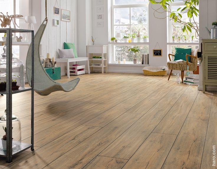 Inspirational Nat rlicher Look und dabei so pflegeleicht Der Designboden DISANO Steineiche passt perfekt ins Wohnzimmer