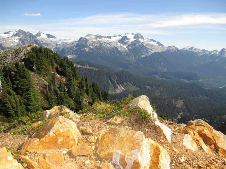 Top of the Gargoyle mountain, Squamish, BC, Fall, Hike