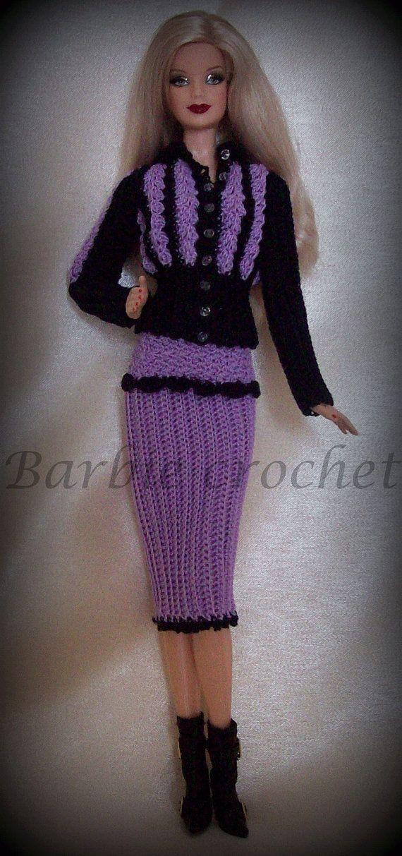 Abito giacca e gonna nero e viola di Barbiecrochet su Etsy, €12.00