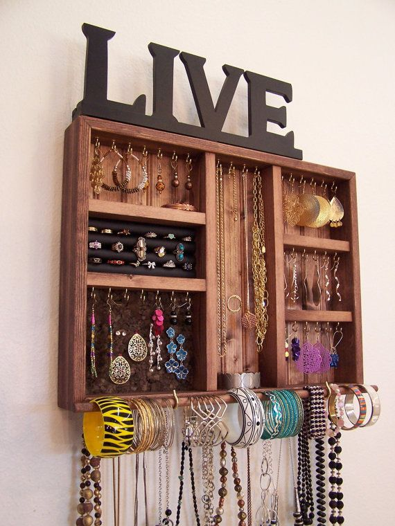 space saving jewelry organizer with bracelet bar and ring holder schmuckwand ringhalter und. Black Bedroom Furniture Sets. Home Design Ideas
